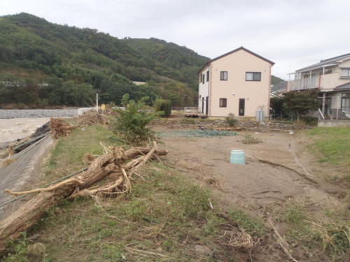 上田市土木課(神川(岩下12-23神川橋付近)河川氾濫)