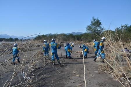 長野県警察本部:救助・復旧の様子(20191016_安否不明者の捜索活動)