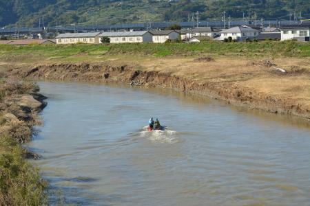 長野県警察本部:救助・復旧の様子(20191028_安否不明者の捜索活動)